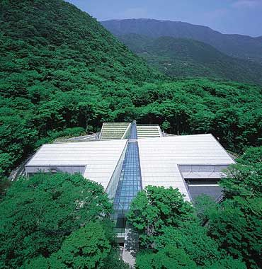 "Prize of AIJ for Design 2004 ""POLA Museum of Art"", Koichi Yasuda, Tokyo Institute of Technology"