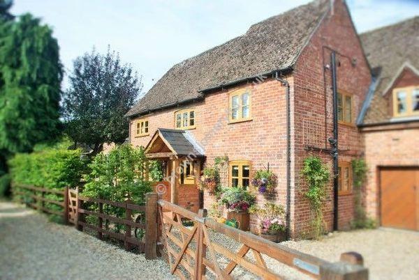 Oak Porch to Cottage www.brownsjoineryltd.co.uk