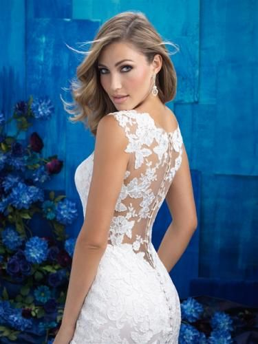 Igen Szalon Allure Bridals wedding dress- AB9422 #igenszalon #AllureBridals #weddingdress #bridalgown #eskuvoiruha #menyasszonyiruha #eskuvo #menyasszony #Budapest