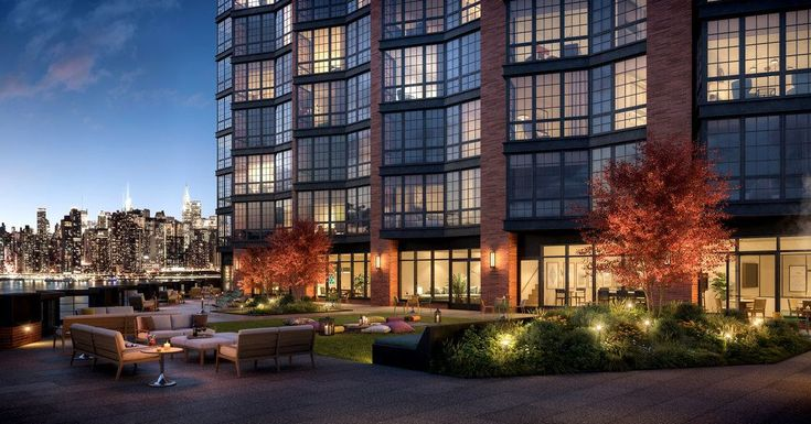 Luxury Apartments Rise In Industrial Greenpoint Published 2018 Luxury Apartments Building Development Greenpoint
