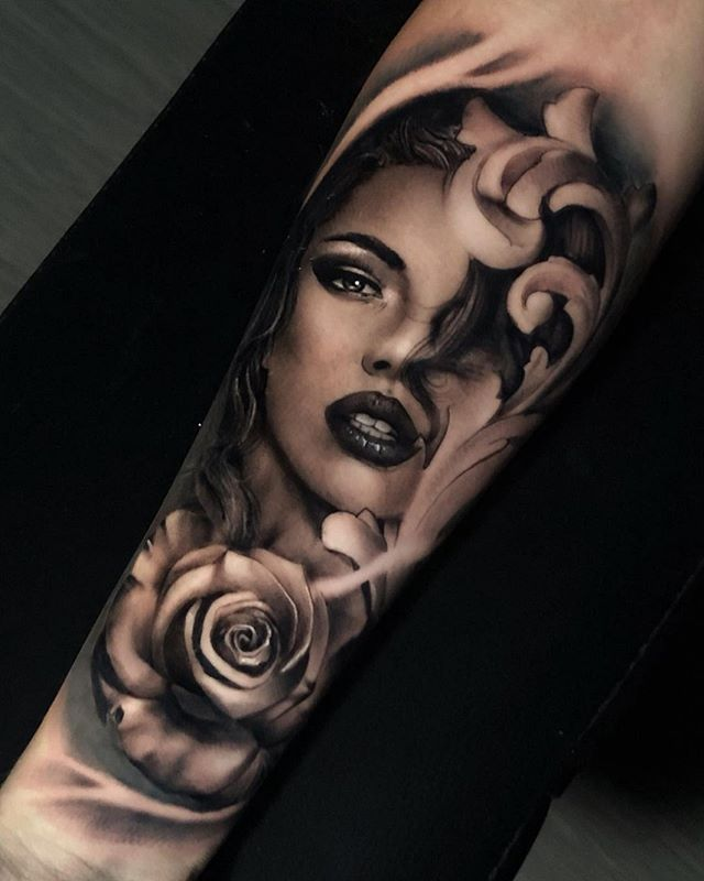 Find The Tattoo Artist And The Perfect Inspiration To Get Your Tattoo In 2020 Mit Bildern Madchen Gesicht Tattoo Frauengesicht Tattoo Tattoo Schattierung