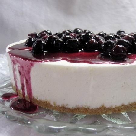 Fehércsokoládés cheesecake (sajttorta) áfonyaöntettel Recept képpel - Mindmegette.hu - Receptek