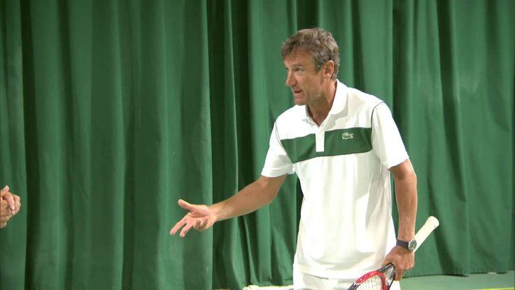 Coaching Corner: Roger Federer's volley