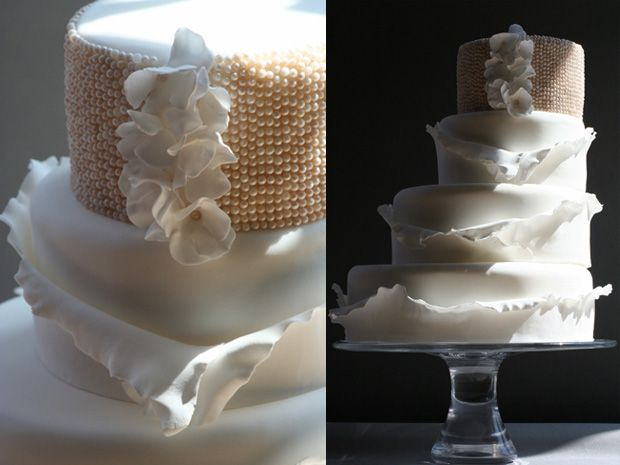 OMG Update - Romantic, Sculptural LUXE Victoria Made Wedding Cakes | OMG I'm Getting Married UK Wedding Blog | UK Wedding Design and Inspiration for the fabulous and fashion forward bride to be.