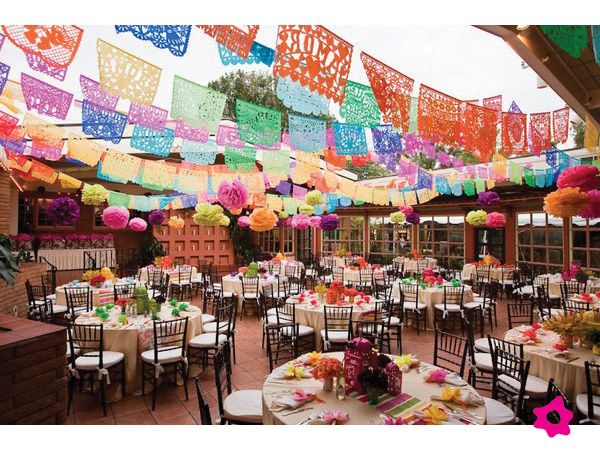 Manteles de papel picado para decoración de boda mexicana