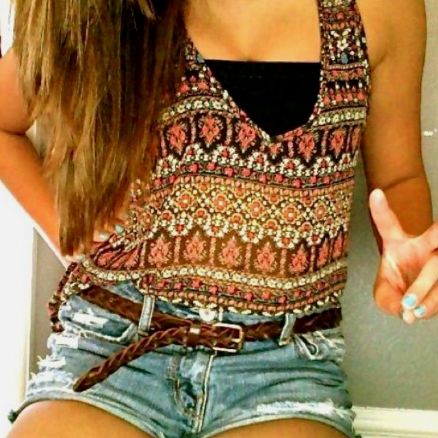 love this tank top