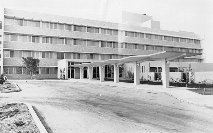 South Bay cities Hospital opening without landscaping in 1958