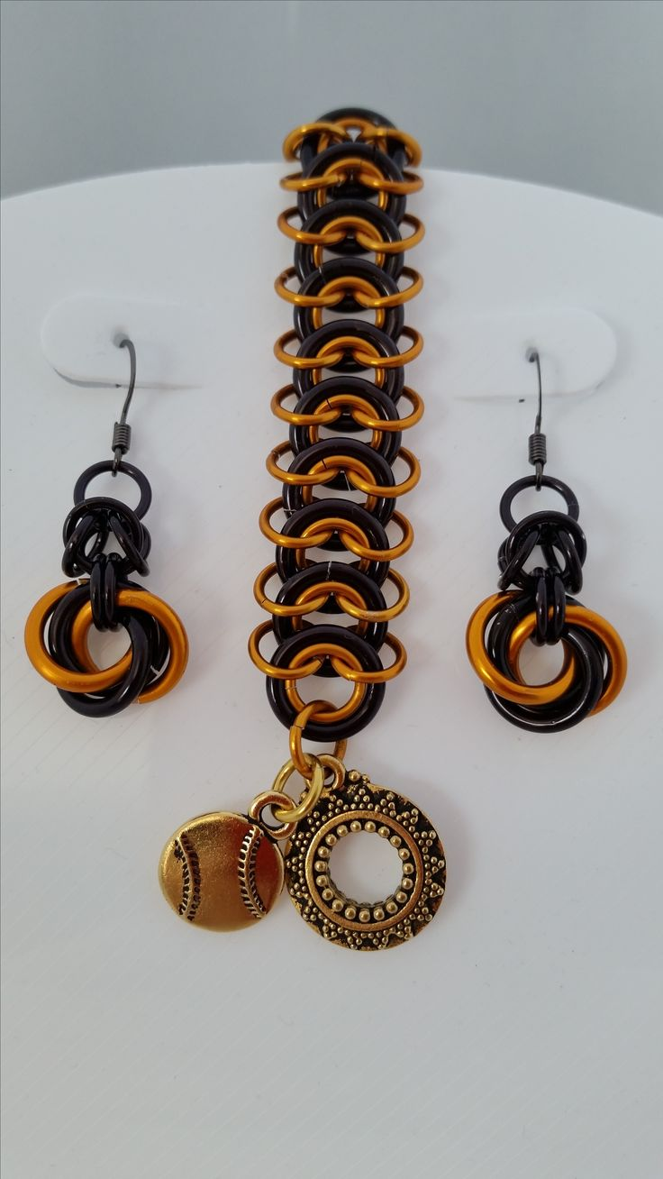 For Baseball & Football Fans!  Handmade Chainmaille jewelry in team colors.  Custom orders are encouraged.  Get yours made in your favorite team colors.  Bracelets make great gifts for both men & women.  See more team choices at FireMonkeyDiva.etsy.com  #SanFrancisco #Oakland #Baseball #Football #Teams #Jewelry #Earrings #Bracelets