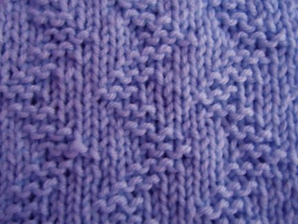 Zigzag Pattern.  Knit and purls only - good beginner pattern.