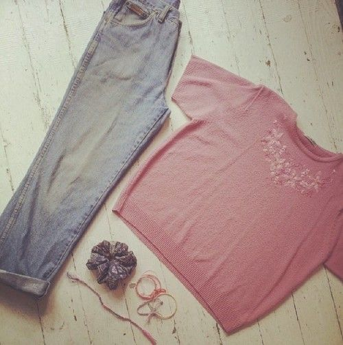 wrangler jeans £22, cute embroidered top £12, scrunchie £1.50 and bracelets start at 50p!