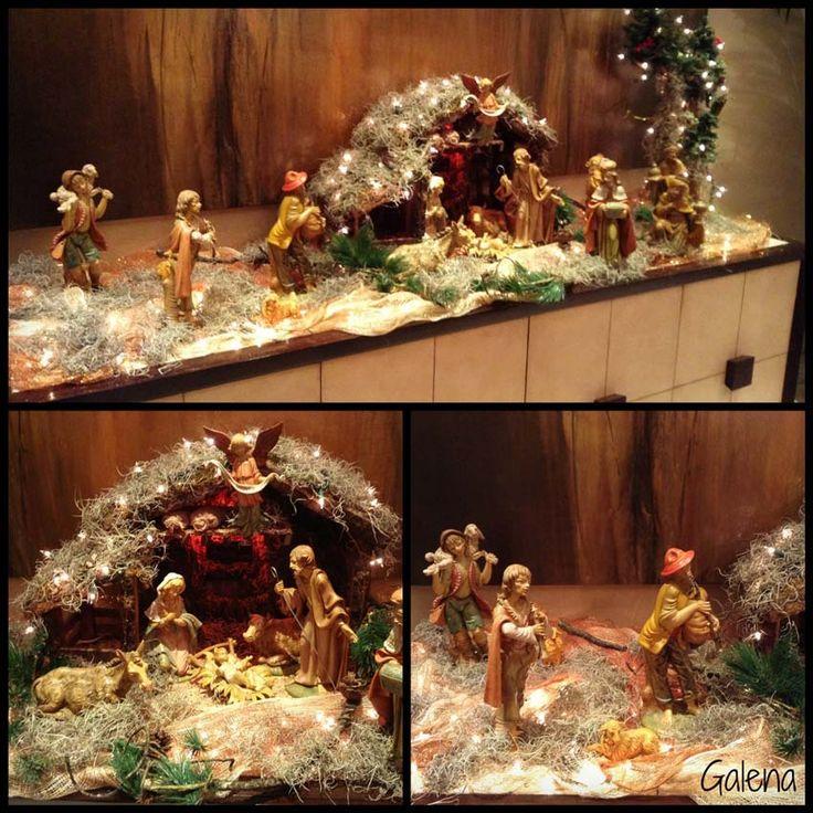 Para decorar en navidad, la mejor combinación es aquella con la que más te identificas. Esta casa se decoró en los colores tradicionales de la navidad, verde, rojo, blanco y algo de dorado. El rojo…