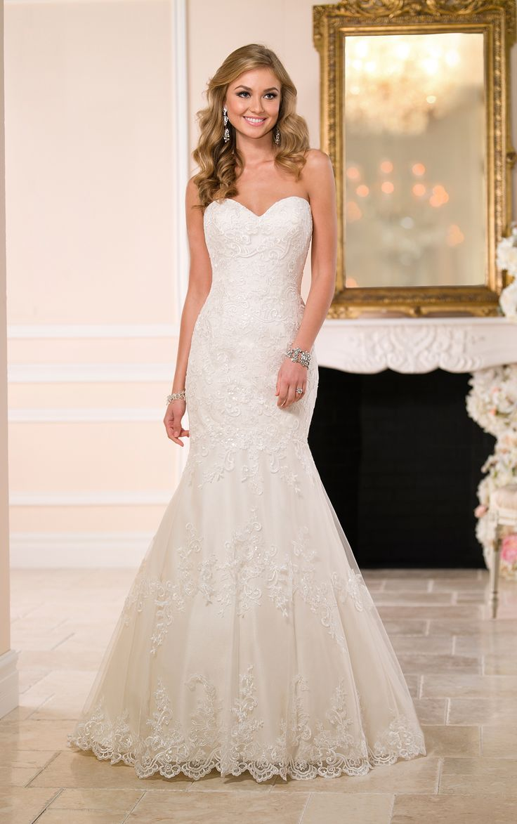 At Flares Bridal You Can Find Stella York 6034 Gowns Visit Our Store Located Walnut Creek And Get A Phenomenal Range Of Designer Wedding