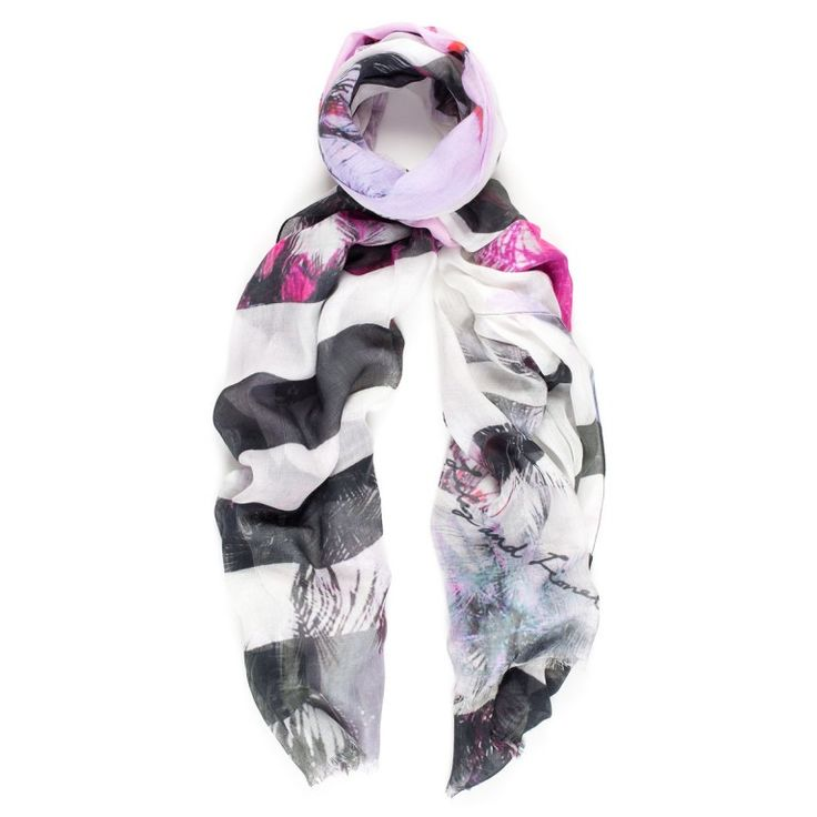 Formentera magenta scarf in silk and modal. Available online: http://www.sofinah.fi/product/469/scarf-formentera-magenta