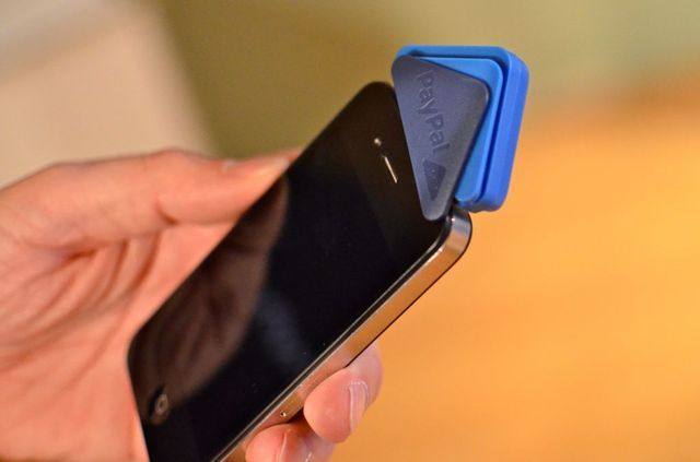PayPal Here: hands-on photos with the new credit card reader and app