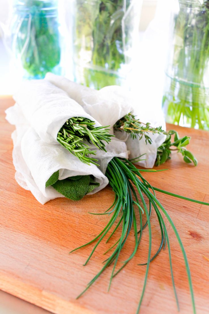 Great tips on making herbs last as long as possible! Thanks, @thenoshery.