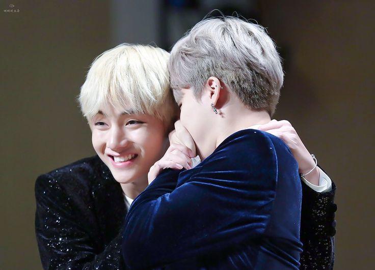 V & Jimin BTS - Gimpo Fansign