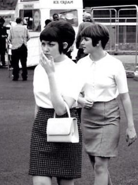 mod girls, 1960s skirt sweater top shirt mini