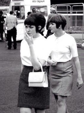 mod girls, 1960s skirt sweater top shirt mini