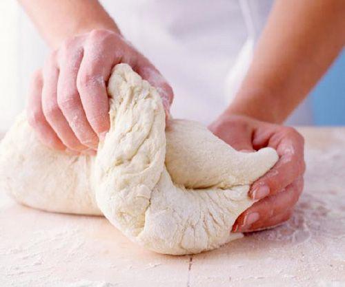 Тесто из творога - лучшие рецепты. Как правильно и вкусно приготовить тесто из творога. Тесто из творога - общие принципы и способы приготовления Знаете ли вы, что творог сохраняет полезные с…