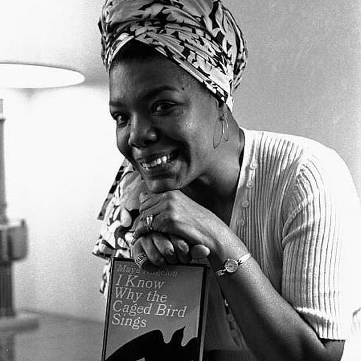 Maya Angelou: What you're supposed to do when you don't like a thing is change it. If you can't change it change the way you think about it. Don't complain. #MayaAngelou #myadvice #HumanNote
