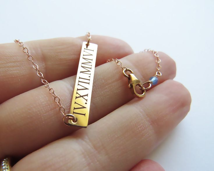 A Personalized Bar Date Necklace for the Bride | 15 Sentimental Wedding Gifts for the Couple