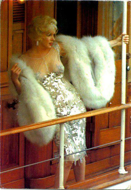 Marilyn:: some like it hot!!