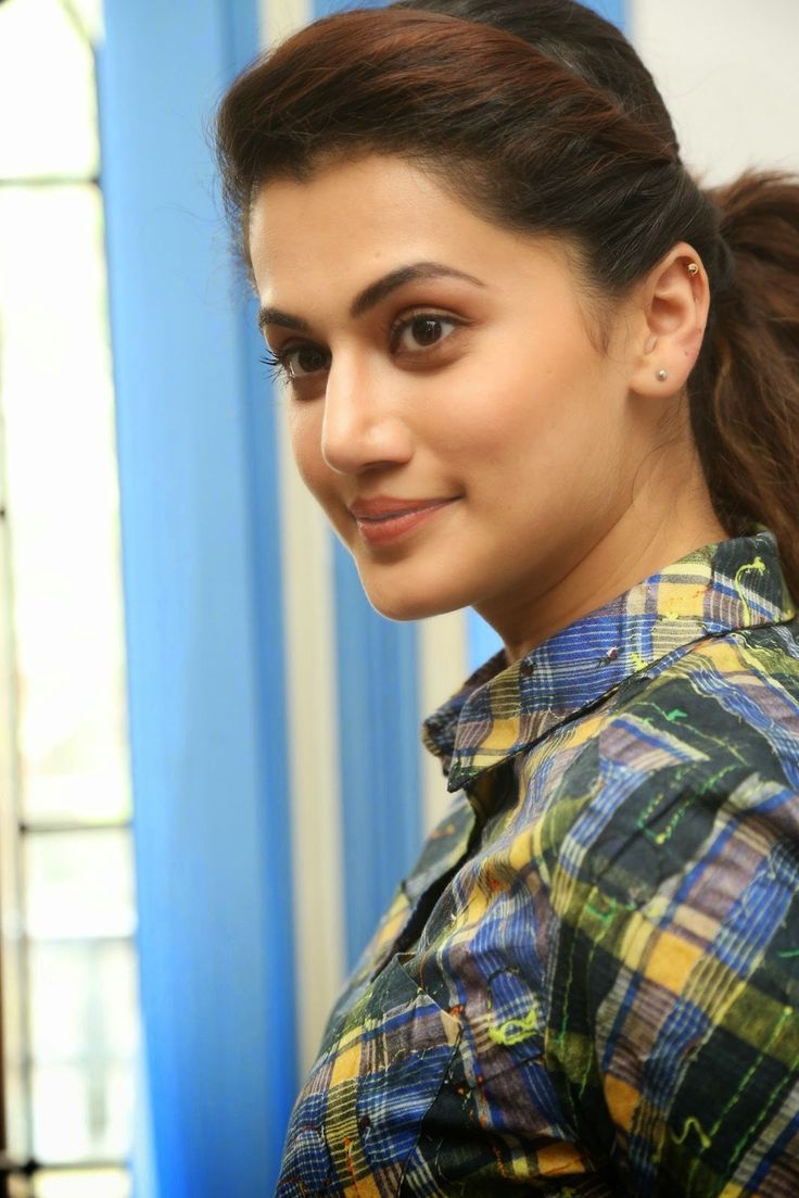 the most beautiful cute Diva - Taapsee Pannu - REFRESHING