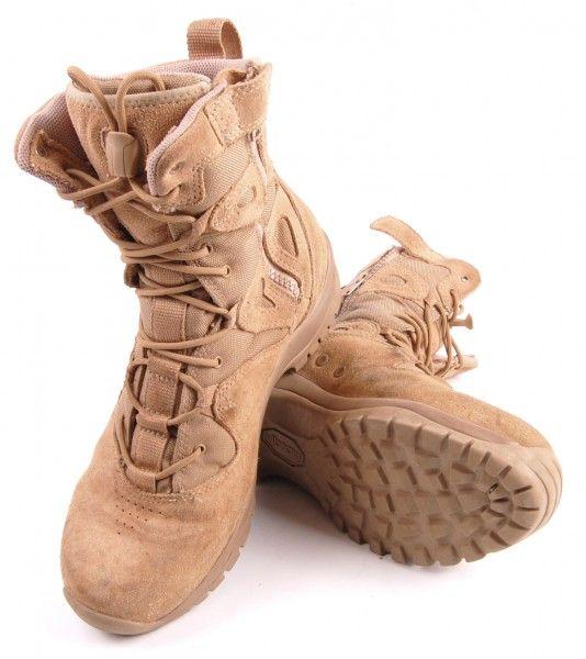 Exclusive: Blackhawk! Ultralight Side Zip Boot Review   Guns Magazine.com   Click to read now: http://gunsmagazine.com/exclusive-blackhawk-ultralight-side-zip-boot-review/   @blackhawkpg #blackhawk #boots #tactical #gear #footwear