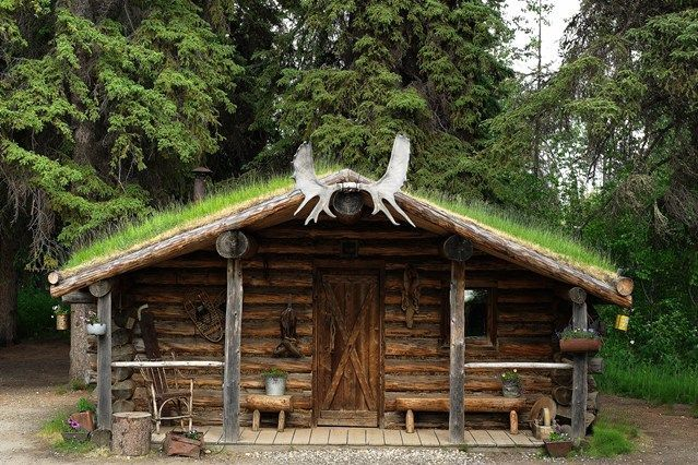 25 best images about luxury log cabins on pinterest for Alaska cabin builders