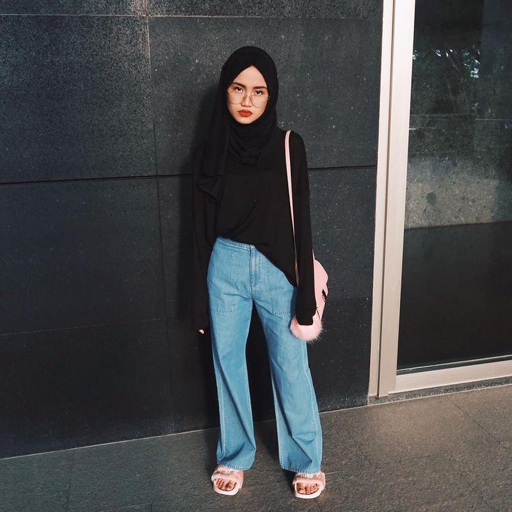 """6,660 Likes, 20 Comments - Firaa Assagaf (@firrrr_) on Instagram: """"@zeus.shoes x"""""""