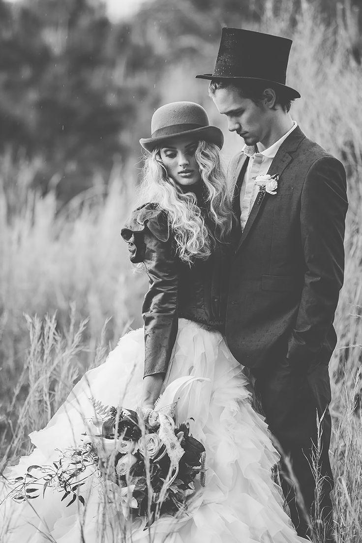 Wild West Inspired Wedding: Benton, Louisiana - http://rachelprocell.com/wild-west-inspired-wedding-benton-louisiana/