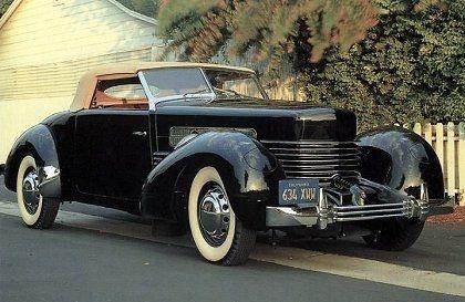 DO YOU LIKE VINTAGE? 1935 cord 810