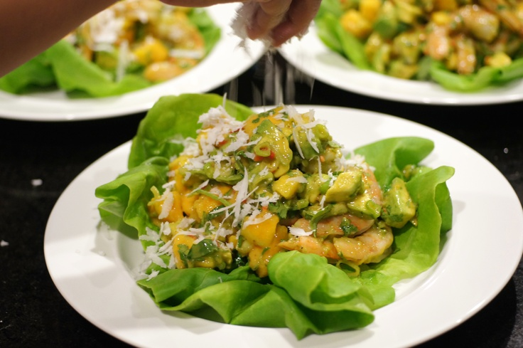 Need to make this asap! Shrimp-Mango Salad with Orange Vinaigrette and Grated Coconut