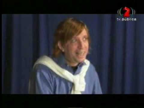 peter capusotto-el idiota que le canta a las chicas