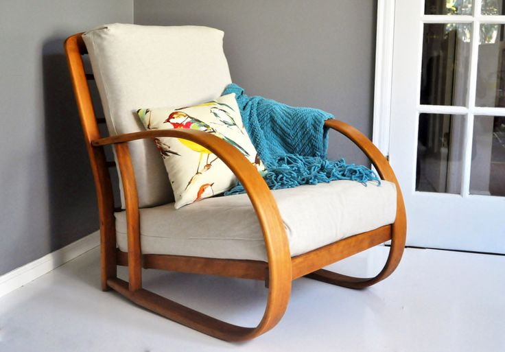 Mid-Century Bentwood Lounge Chair by Lloyd Manufacturing Company - Division of Heywood Wakefield by thewhitepepper on Etsy https://www.etsy.com/listing/209696043/mid-century-bentwood-lounge-chair-by