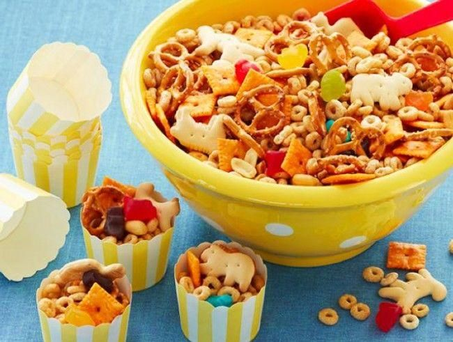 Great idea for bday treat to take into school. Trail mix + cute empty cupcake liners.