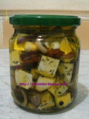 Ezt fald fel!: Házi sajt fűszeres olíva olajban...