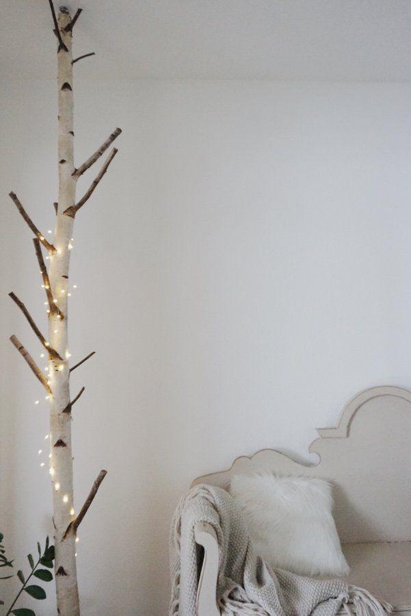 die besten 25 birkenstamm deko ideen auf pinterest birkenstamm nat rliche wohnzimmerm bel. Black Bedroom Furniture Sets. Home Design Ideas