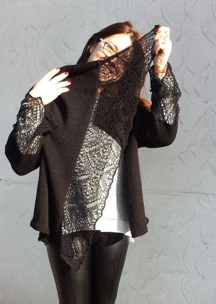 Cardigan Cayetana (dalla rivista Sandra Maglia) in misto lana con bordi in pizzo in alpaca e seta. Lavorazione ai ferri. Knitted  wool cardigan, lace in alpaca & silk. Handmade. made in Italy.  #DROPSLace