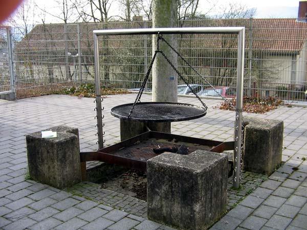 german schwenker grill grills pinterest grill selber bauen gartenbau und selber bauen. Black Bedroom Furniture Sets. Home Design Ideas
