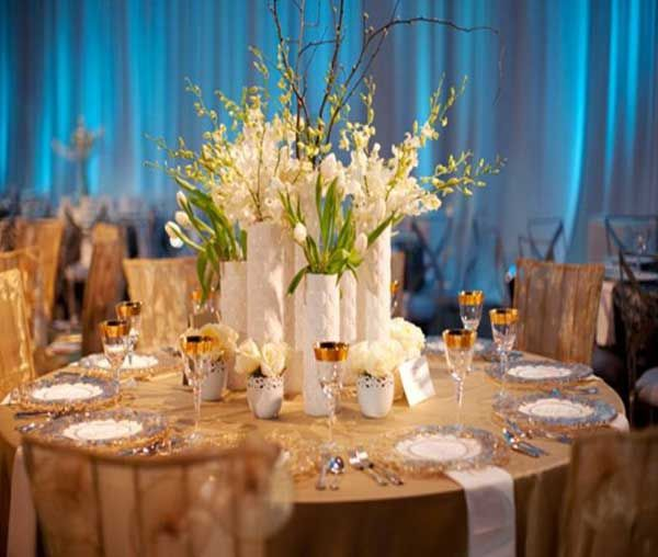 Spring Wedding Reception Ideas: Chic #floral #centerpiece W/ Light Blue #uplighting At