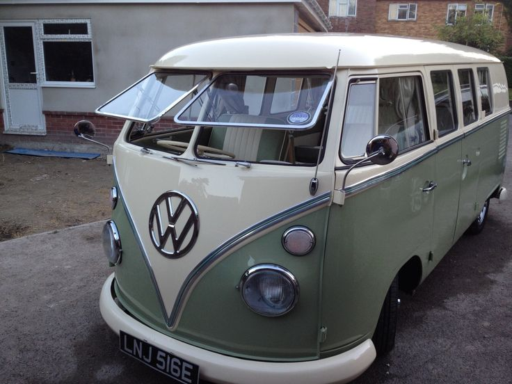 1967 VOLKSWAGEN CAMPER 1765cc SPLIT SCREEN