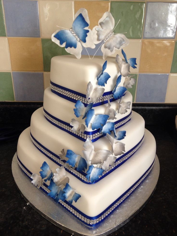 Royal blue and silver heart wedding cake.