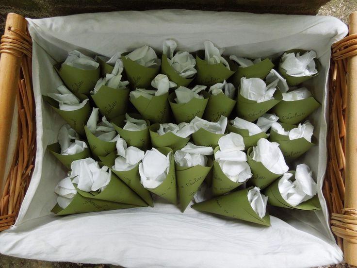 Backstage at the Wedding at Fattoria del Colle: personalised Rice cornucopias