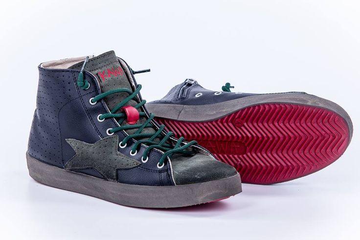 Dalla Collezione Fall/Winter 2013...  ...via alle Sneaker alte color nero con inserti verdone!!! ISHIKAWA - ISAU027  #fashion #style #vintage #shoes #ishikawa