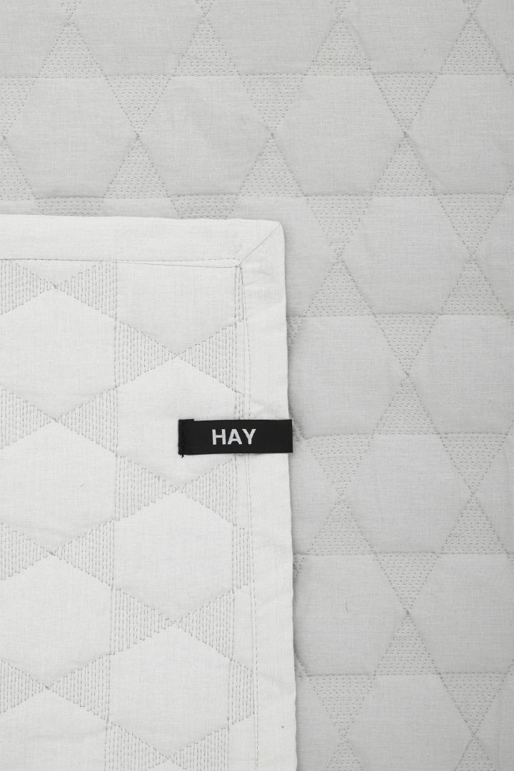 COS | Polygon cotton quilt