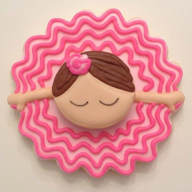 Little Ballerina  Another cookie inspired by @SweetSugarBelle {Callye Alvarado} {Callye Alvarado}. #Padgram