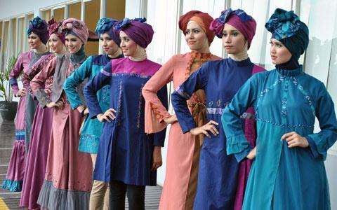 Hari Ini, Indonesia Fashion Week Edisi Busana Islami