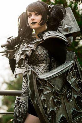 Noxus Poppy from League of Legends Cosplayer: Sheraki Isild & Oxydro Cosplay Photographer: Kannori