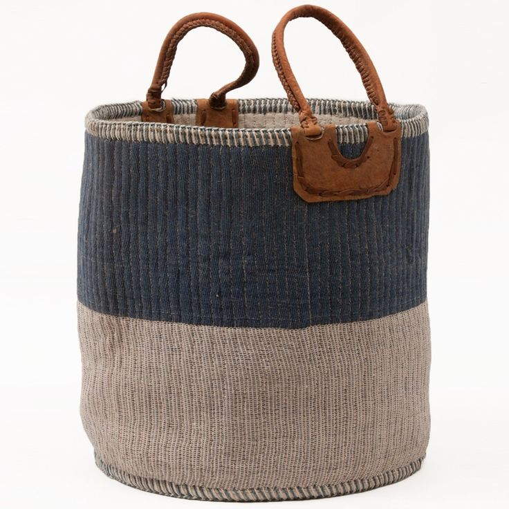 Loving this CREAM-BLUE LAUNDRY/STORAGE BASKET, handwoven by artisans in India using jute fibre. Is'nt it just gorgeous!!